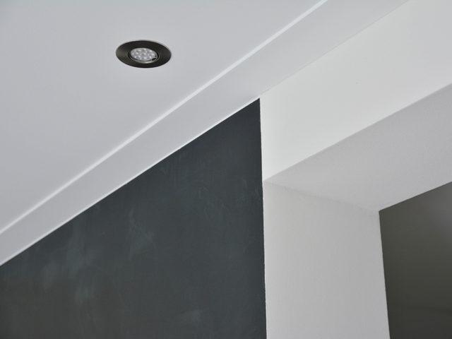 Stuctechniek platte plint
